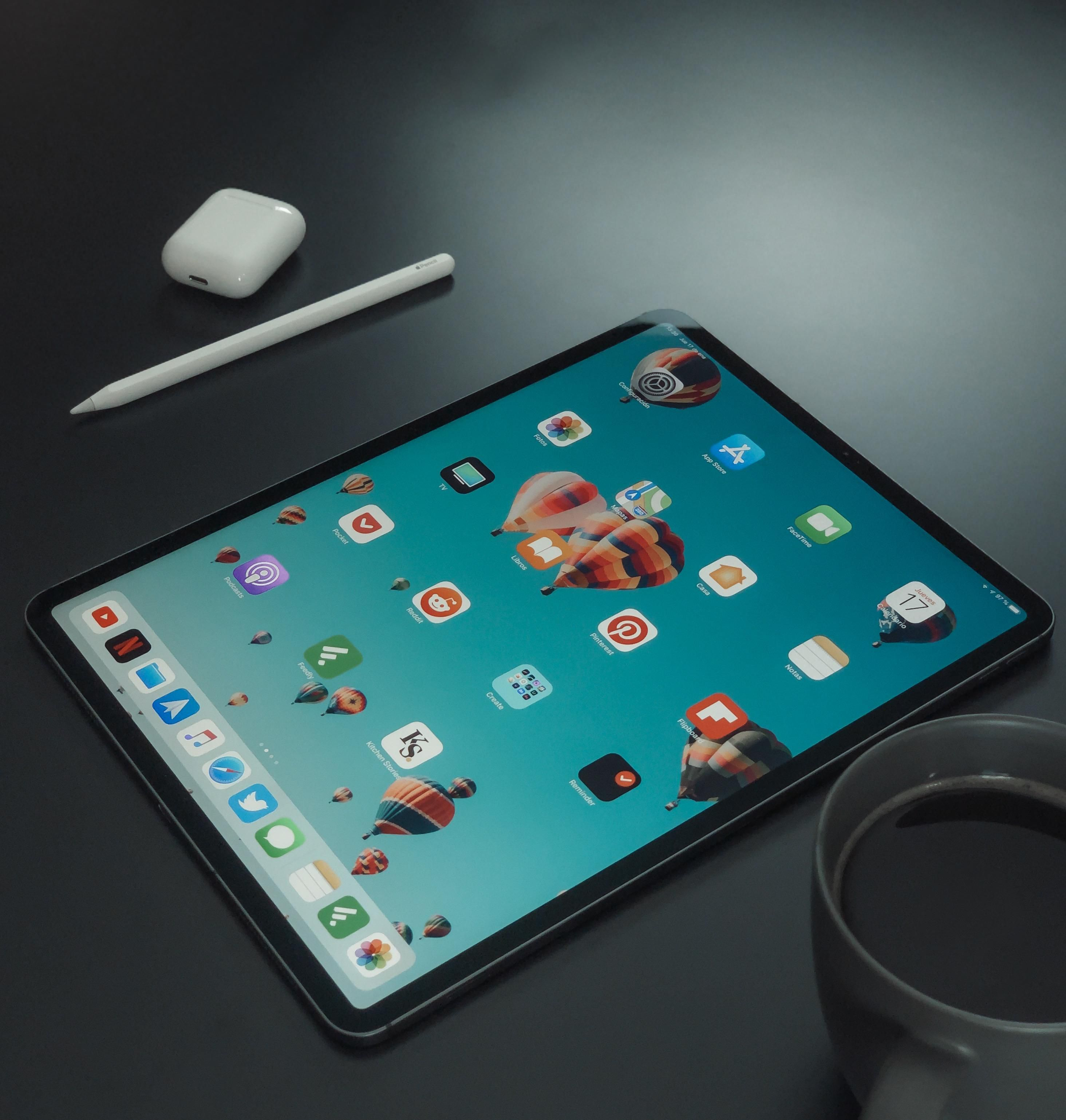 ipad-pro-iphone-xs-max-12