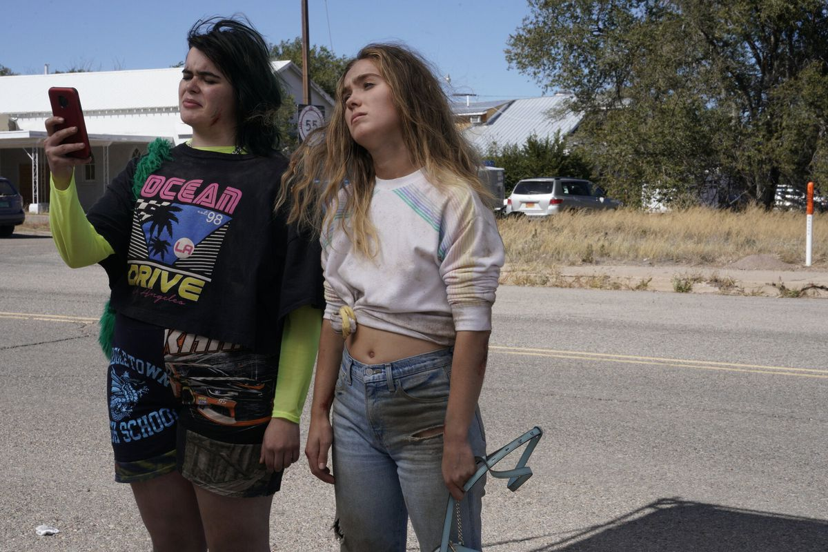 barbie ferreira y haley lu richardson en no embarazadas